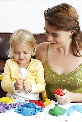 Чем можно занять ребенка трех с половиной лет?